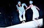 Bildergalerie der Artrium Schauspielschule Hamburg - Schauspielschüler*innen beim täglichen Unterricht in der Schule - Bildmotiv 007