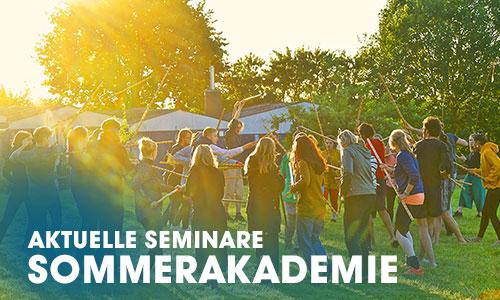 """Die Sommerakademie - """"Highlight"""" für Interessenten der Schauspielausbildung: 10-Tage Schauspiel mit dem Ensemble inmitten Hamburgs Hochsommer Outdoor."""